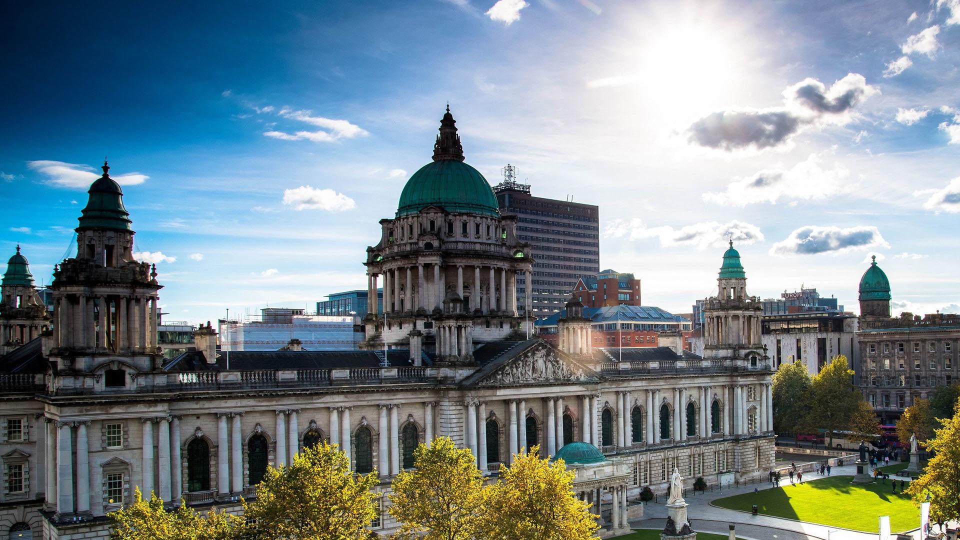 Belfast City Hall Exterior.jpg 1557902175